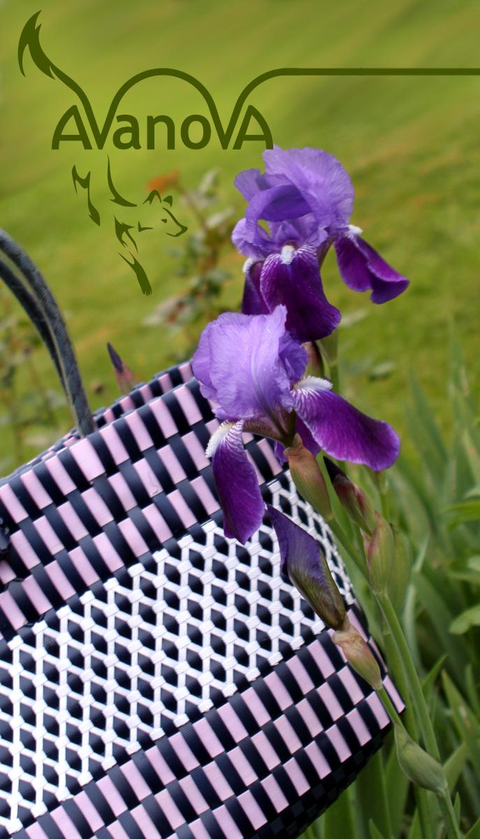 Violette Tasche, handgemacht