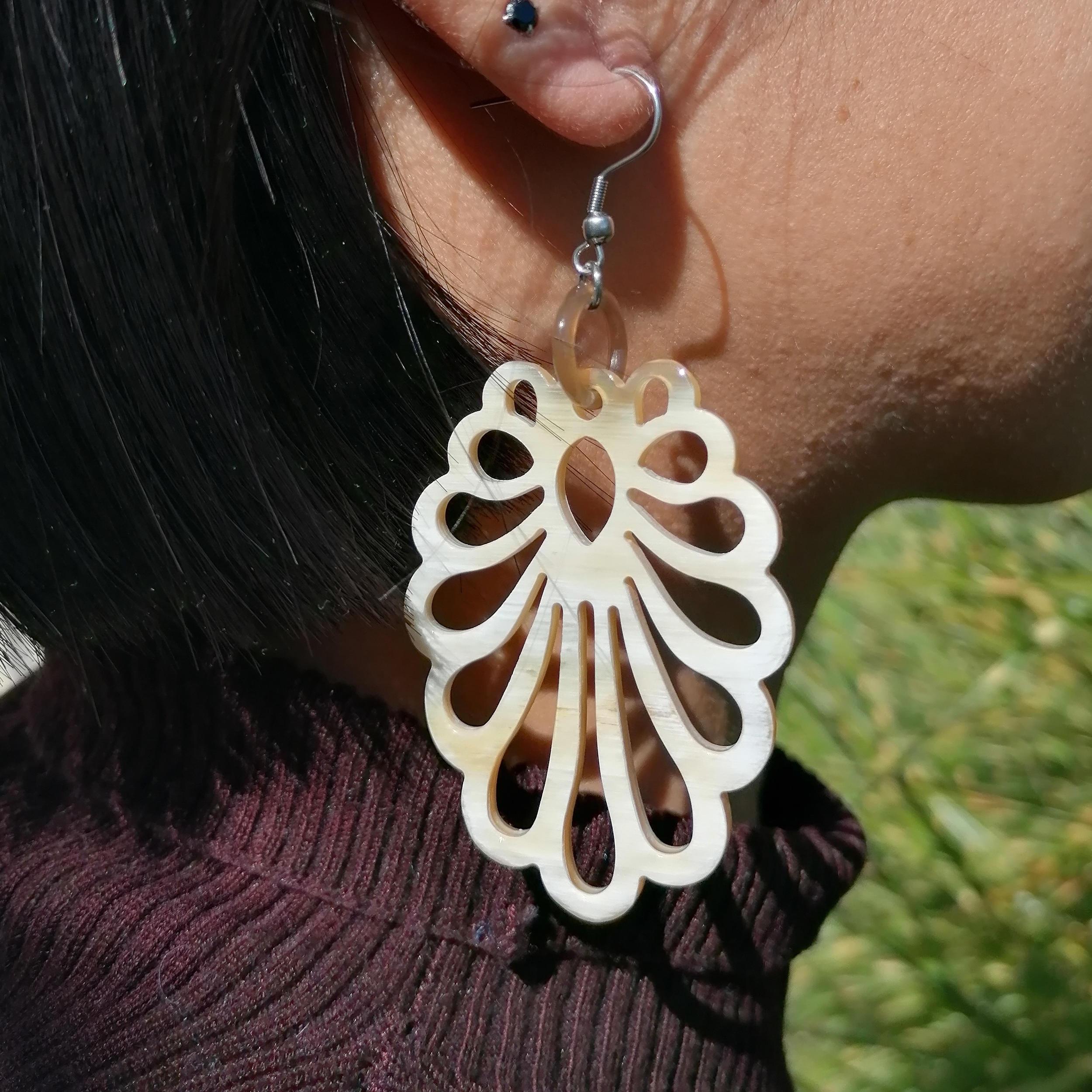 Art Nouveau Ohrringe