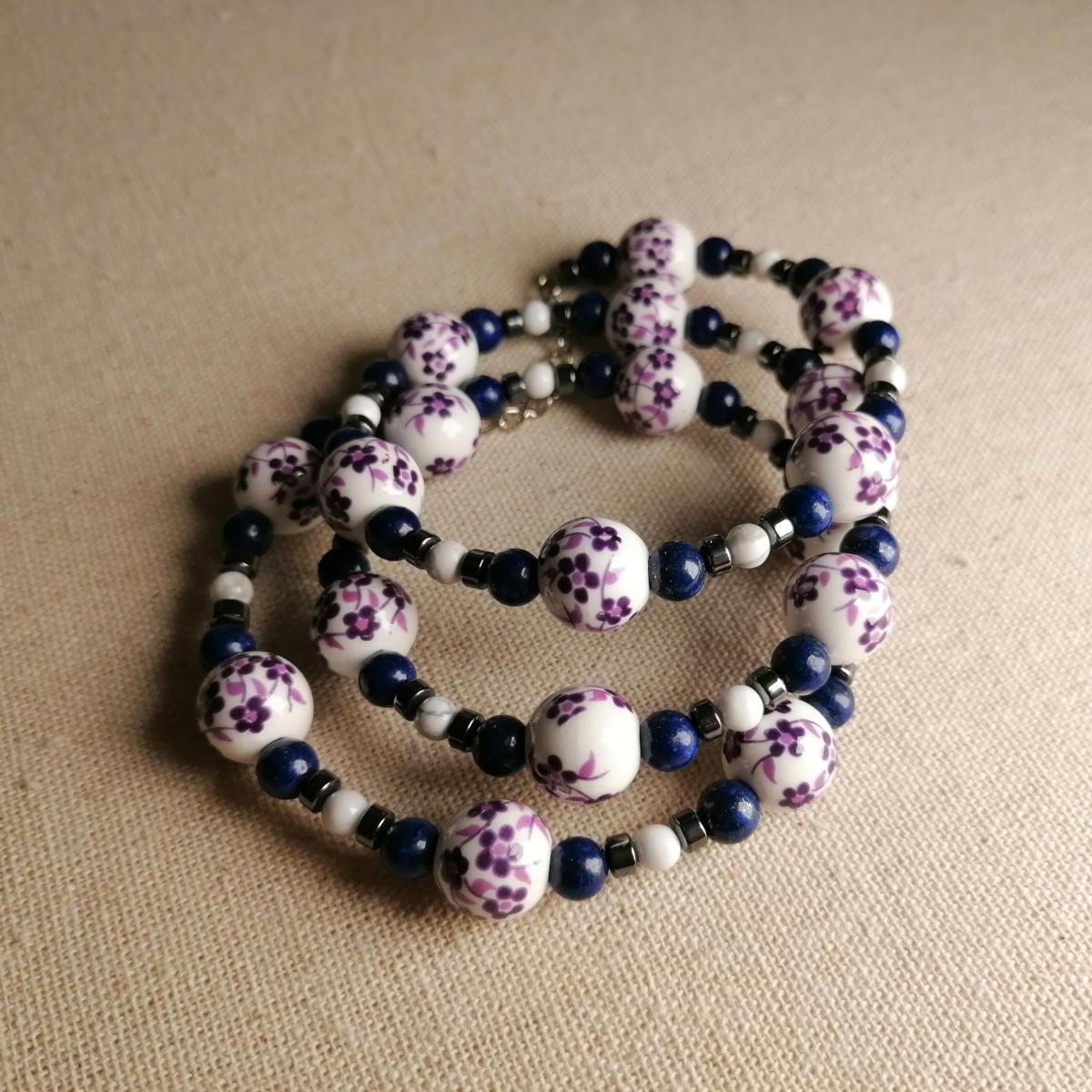 Lila Porzellanarmband im chinesischen Stil