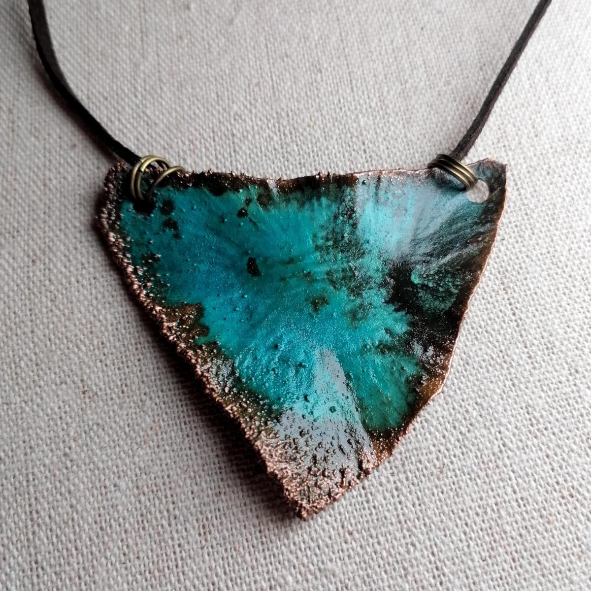 Tresviri - Copper pendant, hand made in Austria