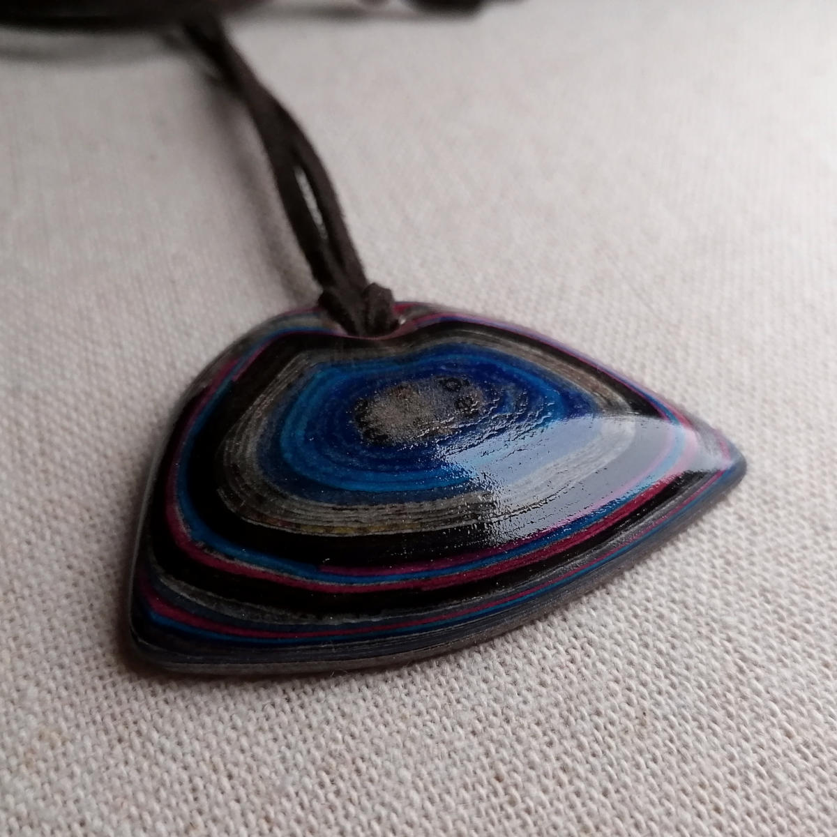 Contemporary micarta pendant - jewellery made in Salzburg
