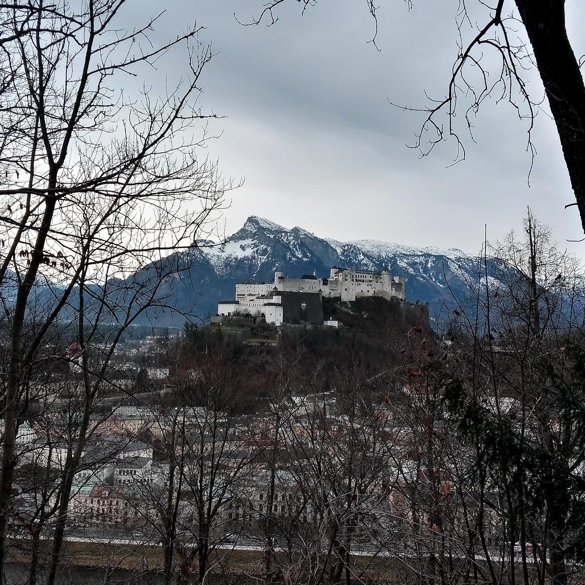 Festung Hohensalzburg vom Kapuzinerberg aus gesehen