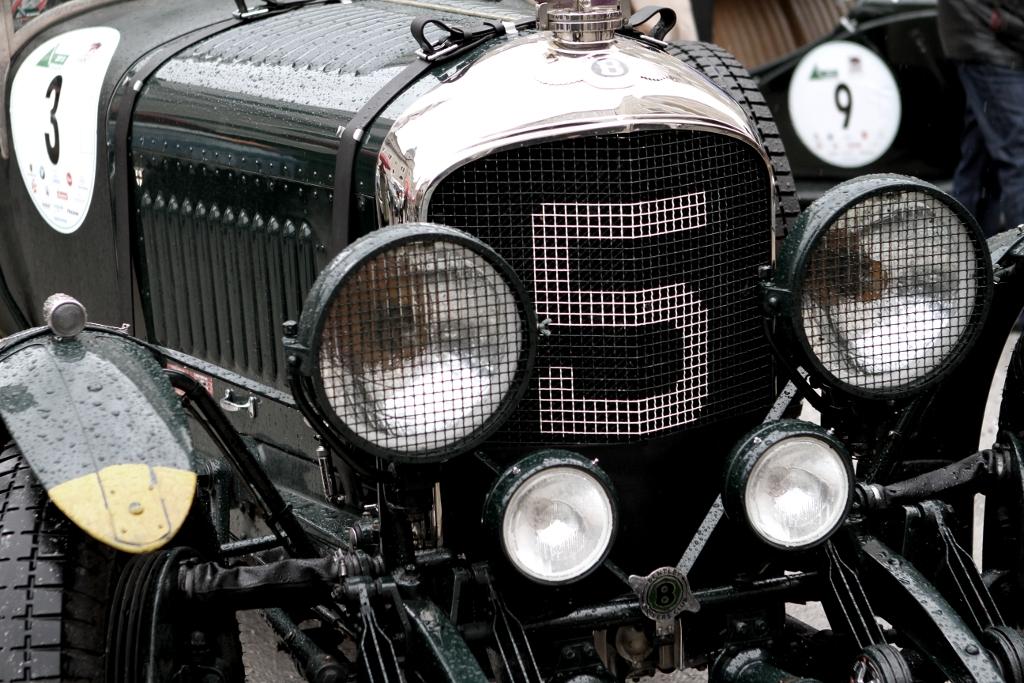 Bentley in Schwarz beim Gaisbergrennen in Salzburg